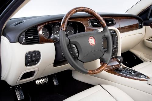 arden-jaguar-xj-aj14-8-interieur-2.jpg